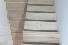 Scara din lemn 2
